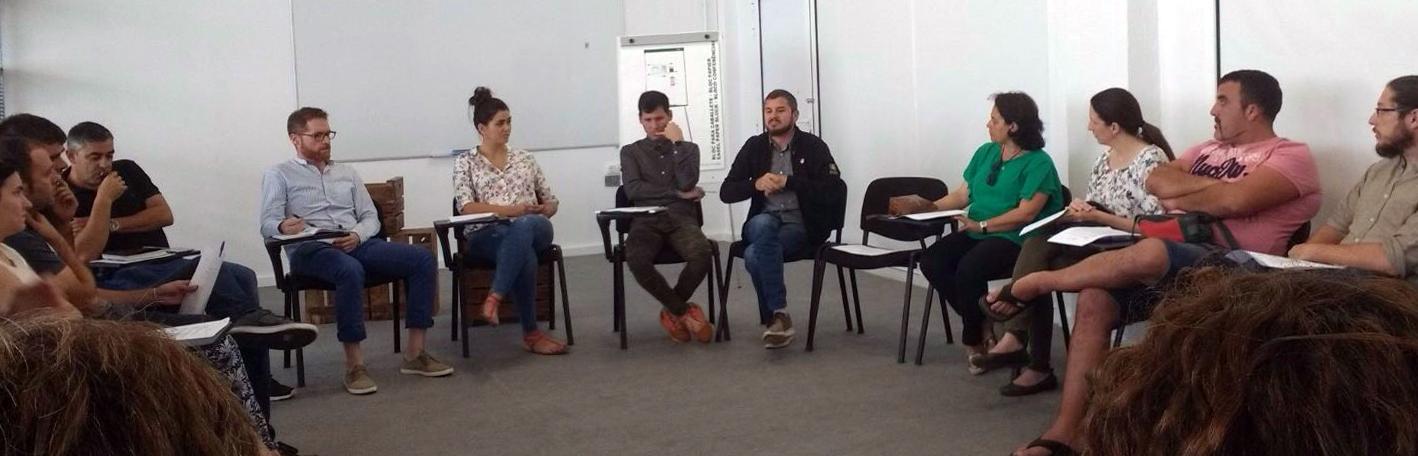 Reunión emprendedores y consultores
